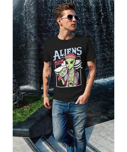 Camiseta Aliens are the New Fashion (Brilha no Escuro!)