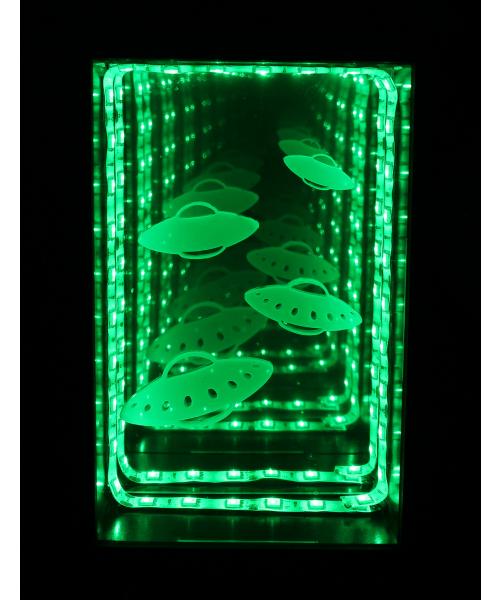 Luminária Fundo Infinito: Disco Voador